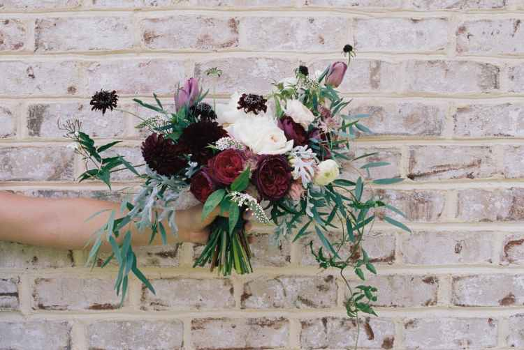bouquet bunch of flowers flowers holding